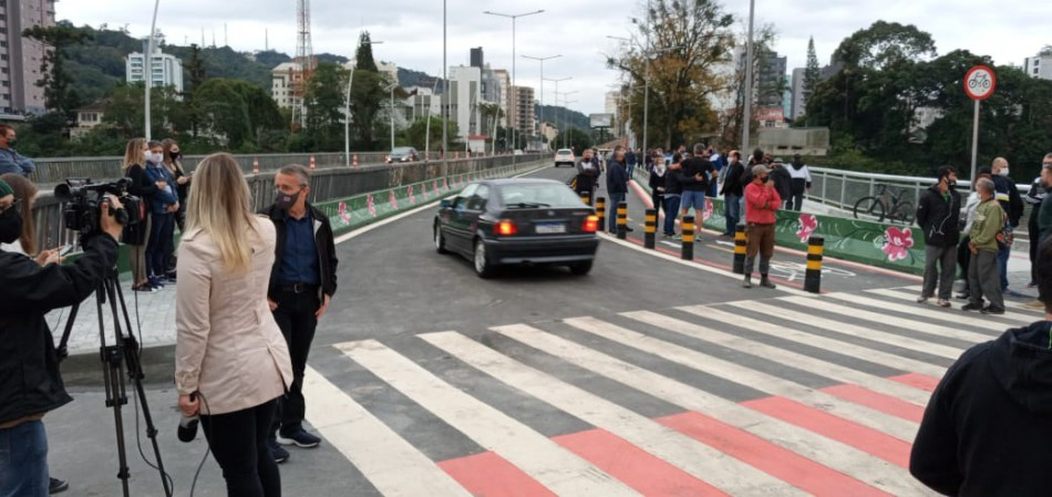 Duplicação da Ponte Adolfo Konder é aberta ao trânsito