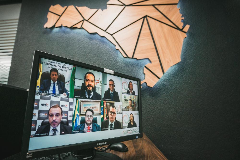 Lançamento da rede de inovação ocorreu em reunião virtual com a presença dos chefes de poderes e órgãos do Estado (FOTO: Bruno Collaço / AGÊNCIA AL)
