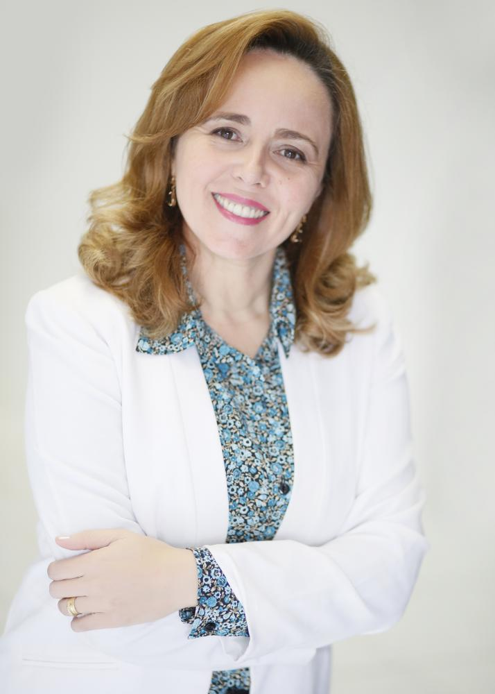 Dra. Quitéria Péres