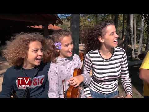 Convite para Live Família, Amor e Música, com Deco Dalponte e Família no Fazzenda Park Hotel, Gaspar